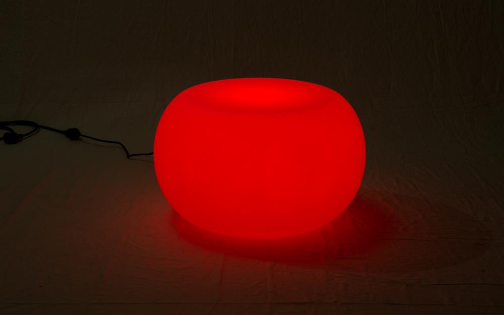 光る家具「クラシオン」コーヒーテーブルB 設置画像3
