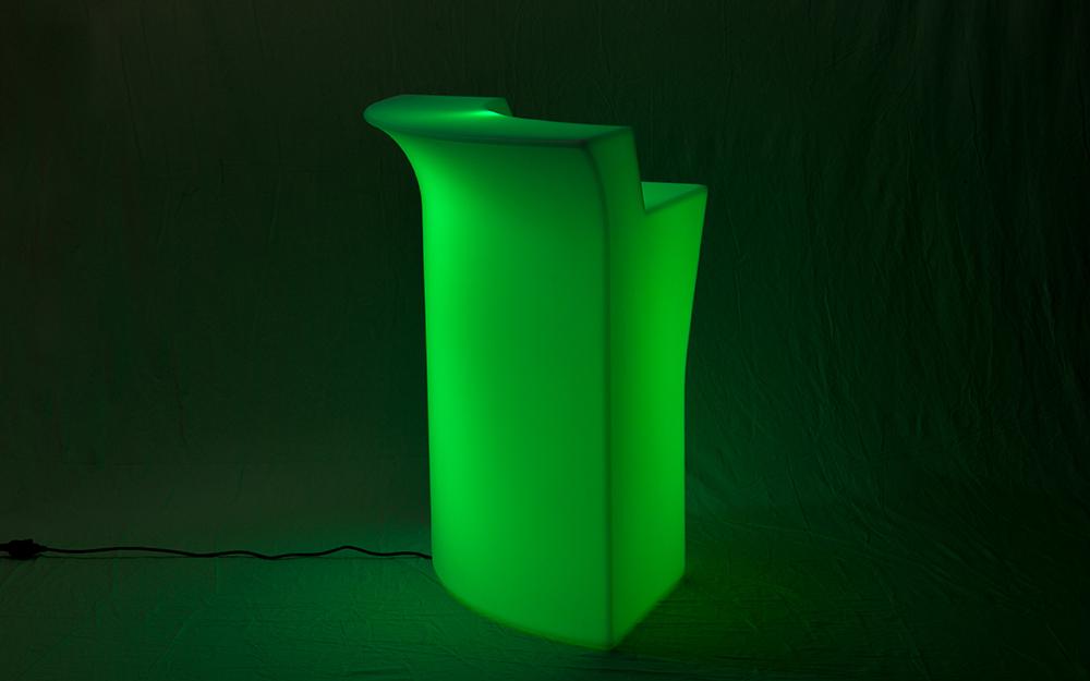 光る家具「クラシオン」コーナーカウンター