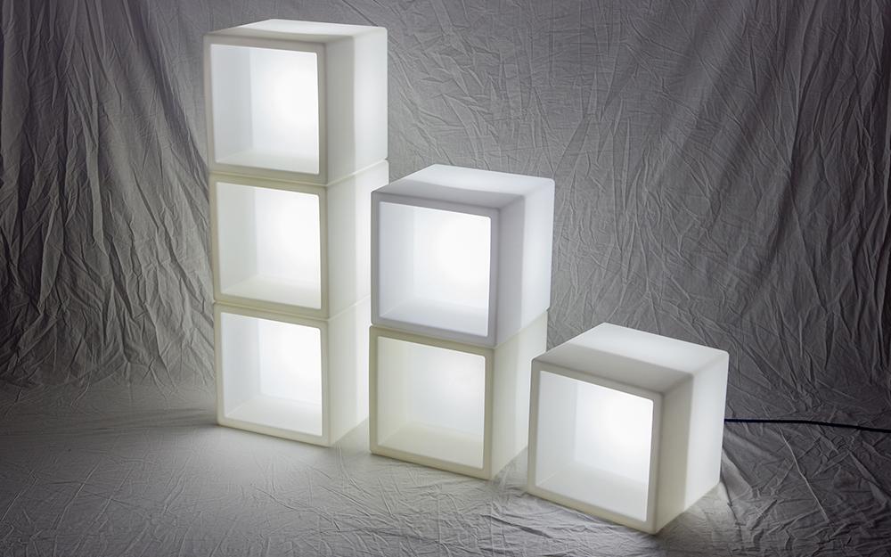 光る家具「クラシオン」キューブポット型 設置画像1