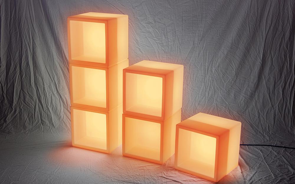 光る家具「クラシオン」キューブポット型 設置画像2