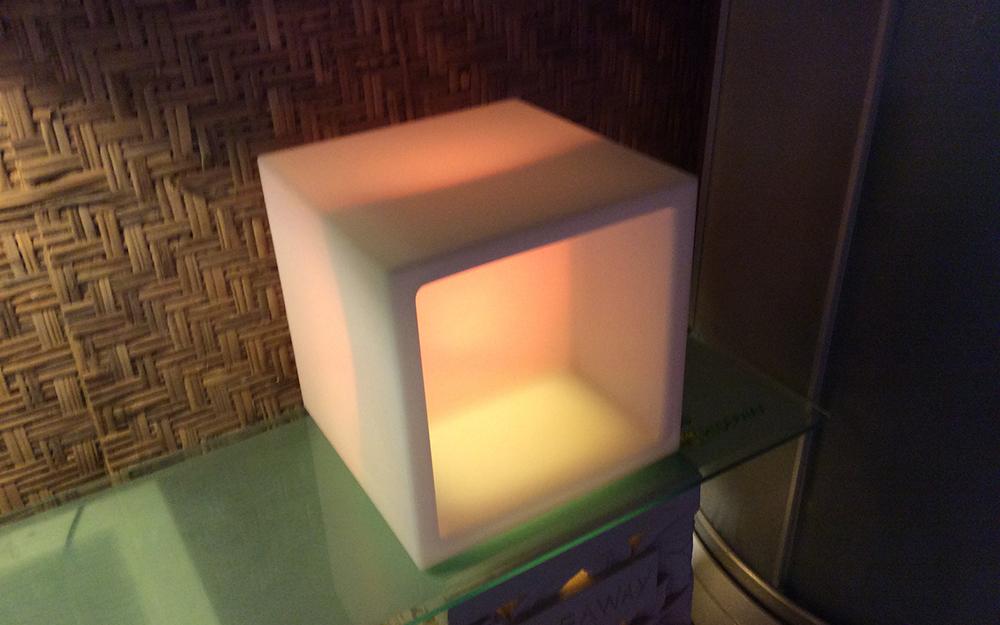 光る家具「クラシオン」キューブポット型 設置画像5