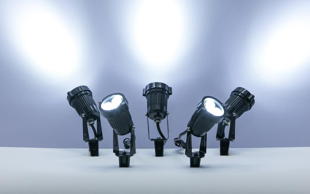 イルミネーション LEDガーデンアップスポットライト 設置画像1
