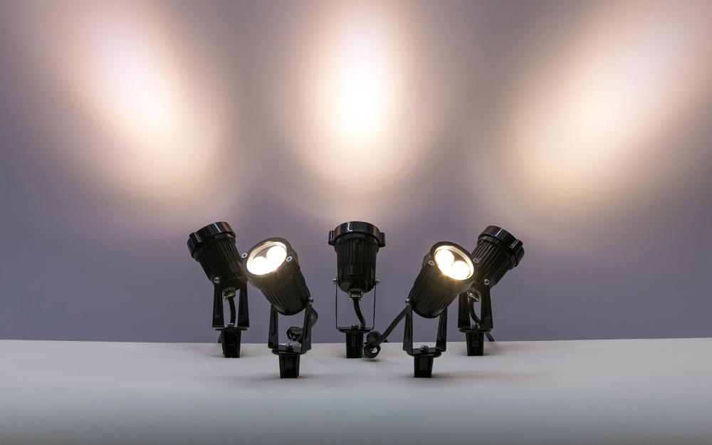 イルミネーション LEDガーデンアップスポットライト 設置画像2