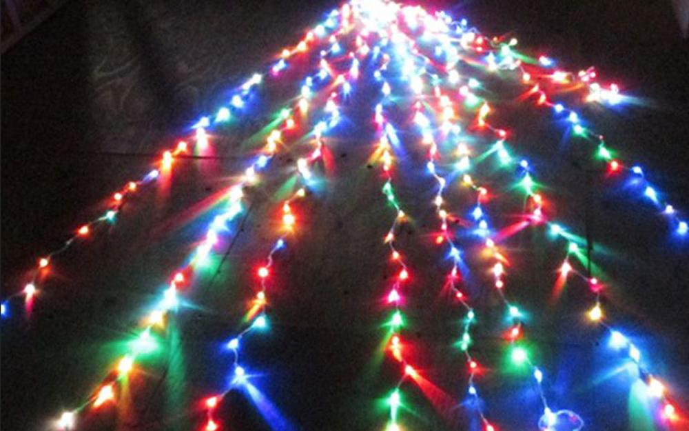 LEDイルミネーション ストリングライト 設置画像4