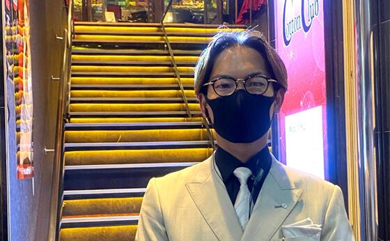 プロジェクターロゴライトの販売実績。東京都台東区 CottonClub 阿曽様からの喜びの声を紹介