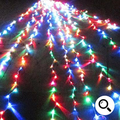 LEDイルミネーション販売 ドレープナイアガラカーテンライト設置事例3