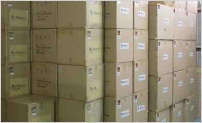 海外工場で大量生産