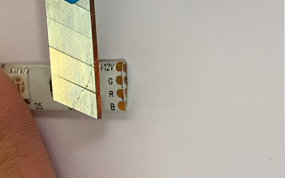 イルミネーション テープライト 切断加工(連結ピンコネクタ取付編) 2枚目