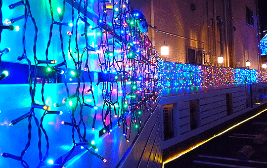 設置場所から選ぶ。壁・フェンスの装飾に最適なLEDイルミネーション電飾