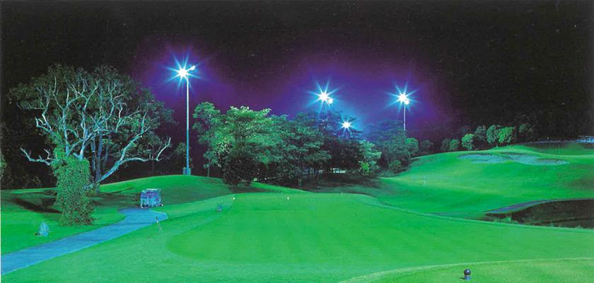 野球、サッカー、ゴルフの練習場やナイター