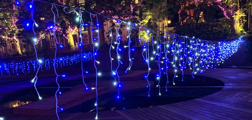 つららライト テーマパーク(川)への使い方・施工
